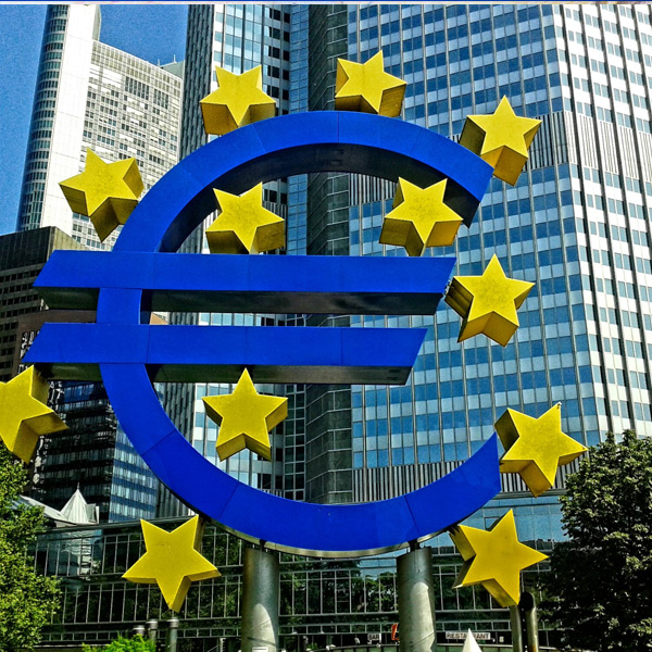 Eurozone price pressures at 0.8%, well below target