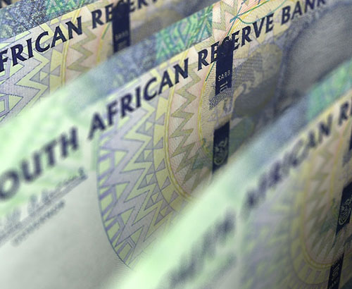 Rand strengthens after political change