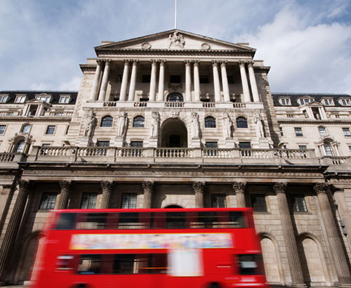 Fears of Bank of England Interest Rate Cut Causes the Value of the Pound to Fall