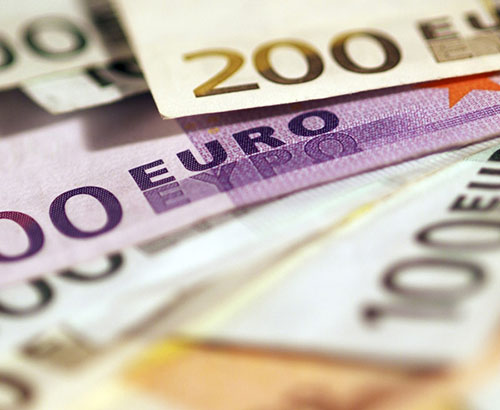 Euro begins 2018 positively, can this last?