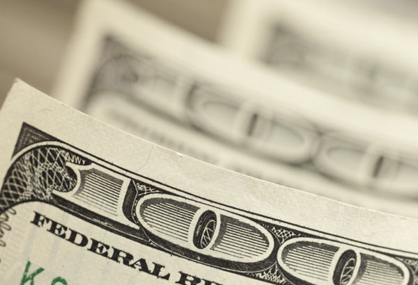 Greenback drops although US economy remains resilient