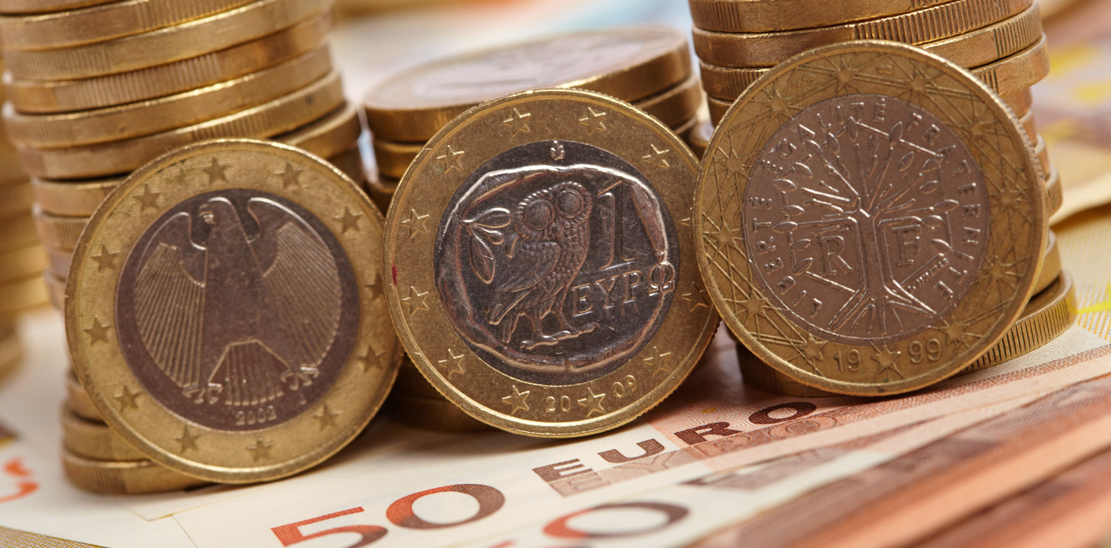 Euro strengthens despite lacklustre Inflation data