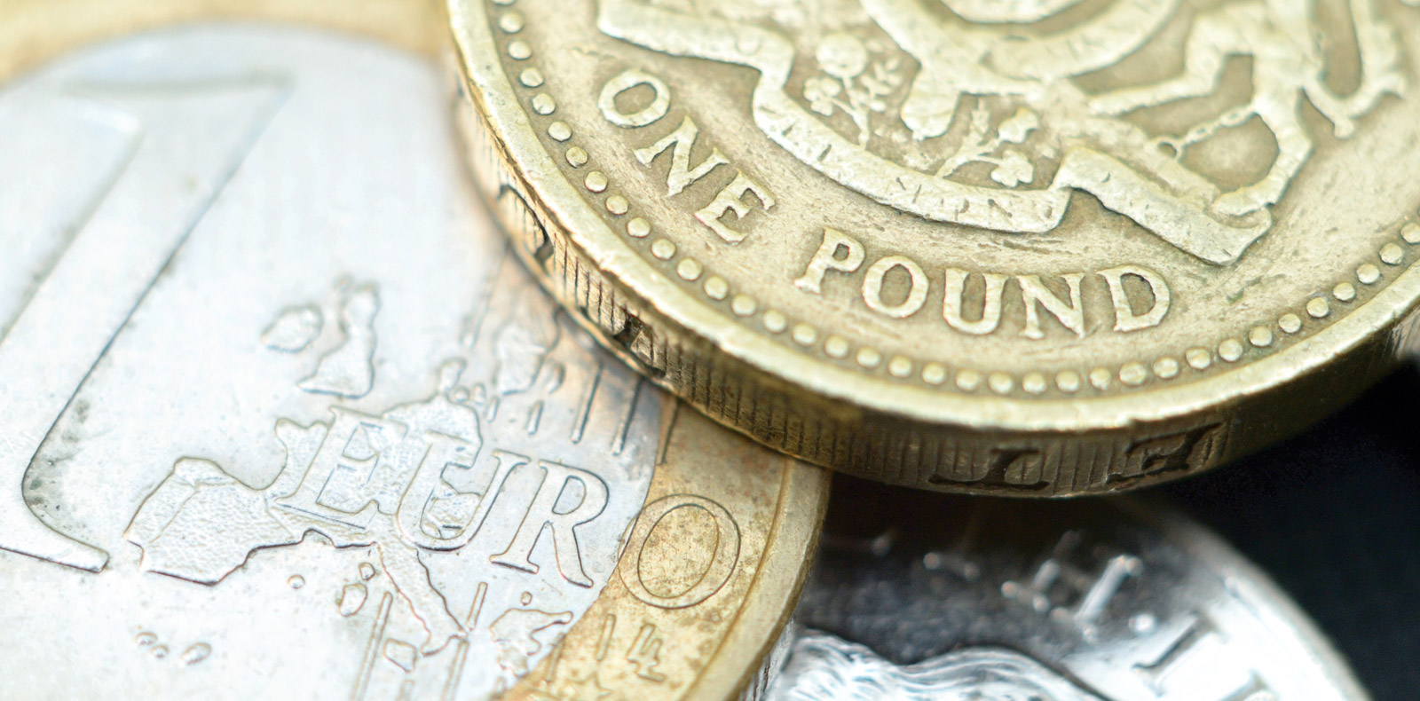 How is the Pound performing against the Euro and US Dollar? - Foreign Currency Direct