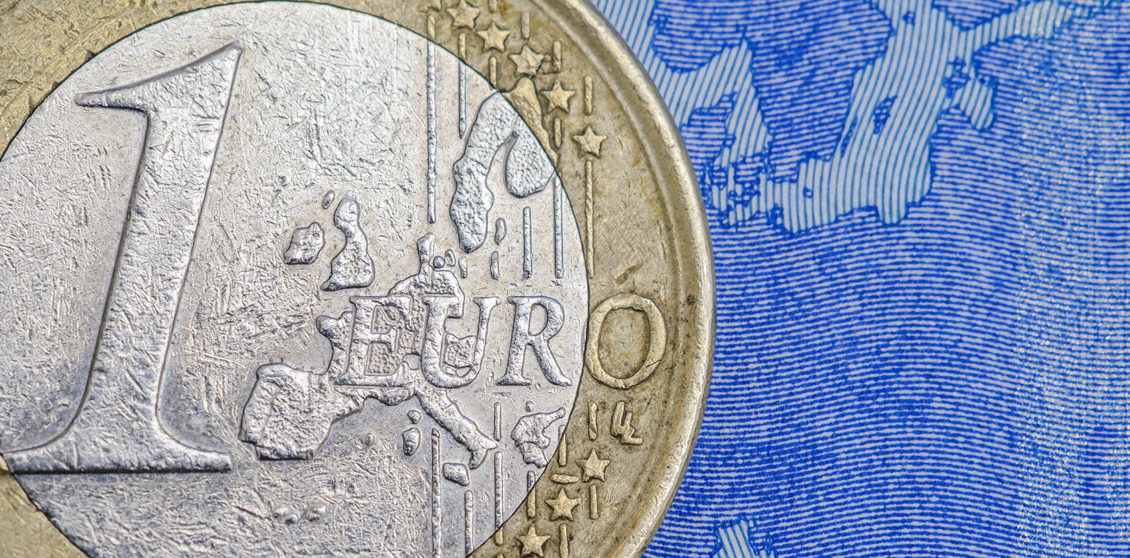 situation in Italy to slow Euro gains