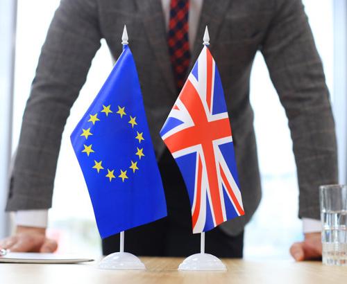 Michel Barnier and David Davis at loggerheads