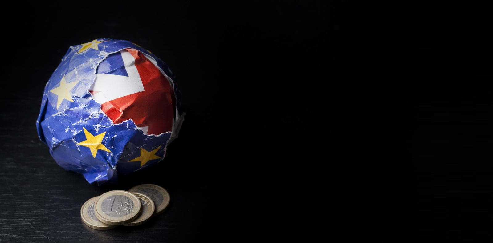 Whilst many economic analysts had expected to see the pound climb in the wake of a Brexit deal being announced, these gains have yet to materialise.